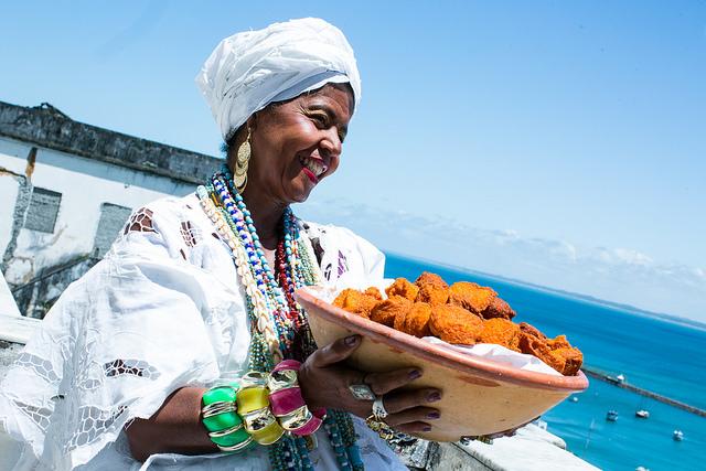 Baiana do acarajé no lançamento da plataforma Oyá Digital. Foto: Lia de Paula/MinC