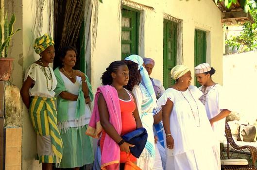Mãe Lúcia e Associação São Jorge Filho da Gomeia: economia criativa e saber ancestral
