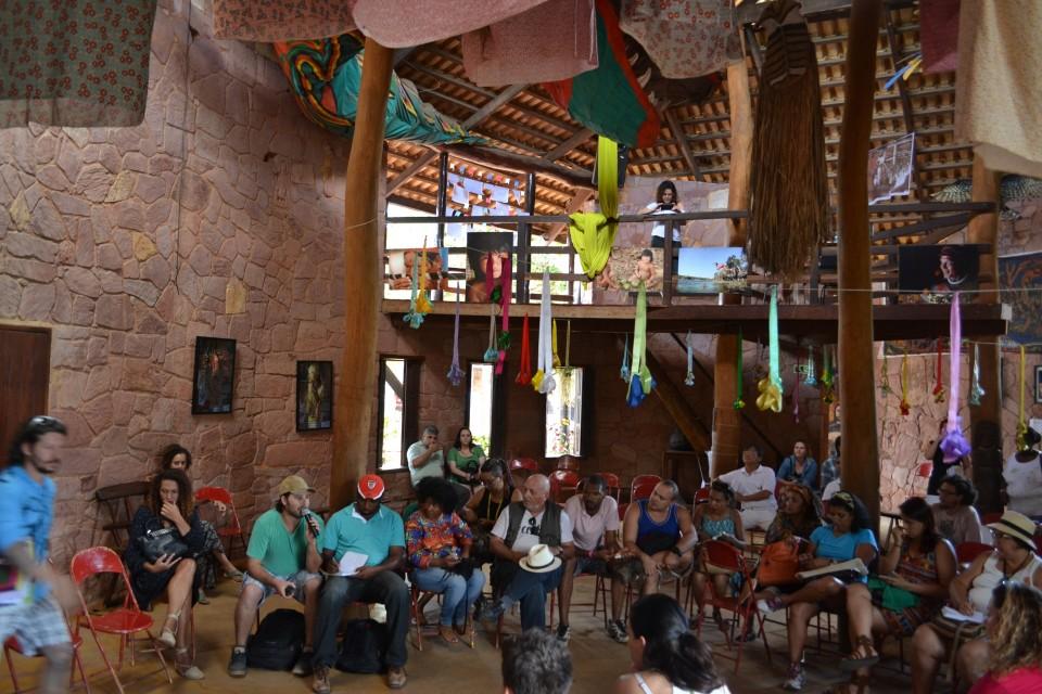 Roda de conversa na Casa de Cultura durante o Encontro de Culturas de 2015. Foto: Leonil Junior