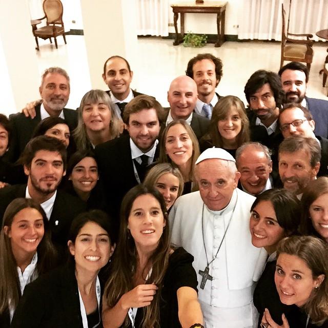 papa-assistentes-scholas-no-vaticano