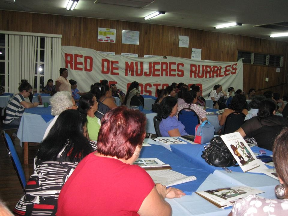 red-mujeres-6